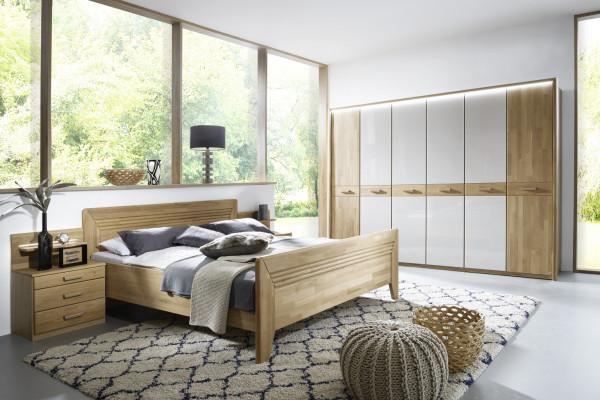 Schlafzimmer Vivien in Wildeiche natur teilmassiv