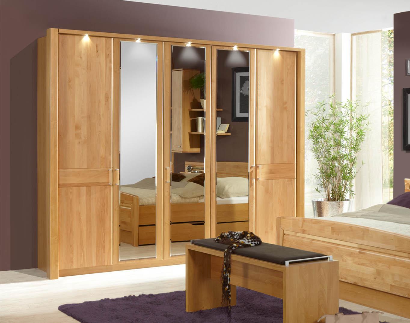 kleiderschrank lausanne erle led beleuchtung wiemann massiva m. Black Bedroom Furniture Sets. Home Design Ideas