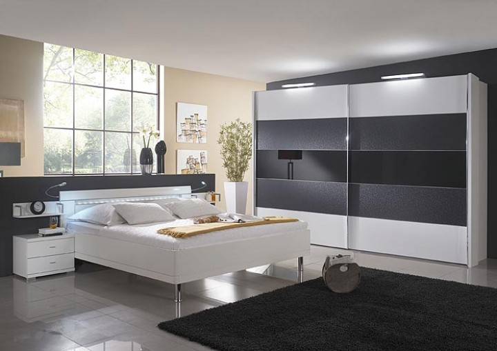 schlafzimmer wiemann hollywood g nstig massiva m. Black Bedroom Furniture Sets. Home Design Ideas