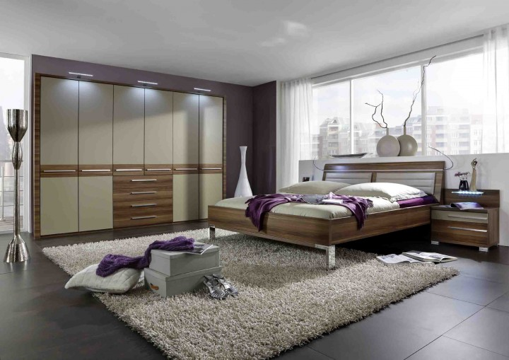 wiemann schlafzimmer pasadena walnuss sahara massiva m. Black Bedroom Furniture Sets. Home Design Ideas
